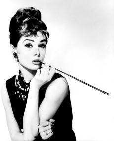 hepburn-audrey-breakfast-at-tiffanys_21